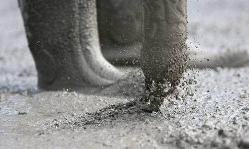 Способность бетонной смеси растекаться под действием собственной массы купить эмаль полиуретановую по бетону